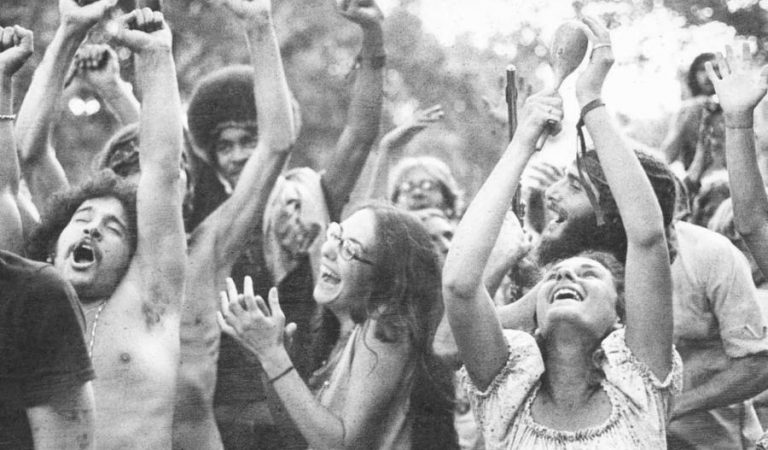 Rare, Amazing Photos From Woodstock That You've Never Seen