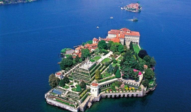 The World's Most Awe-Inspiring Gardens