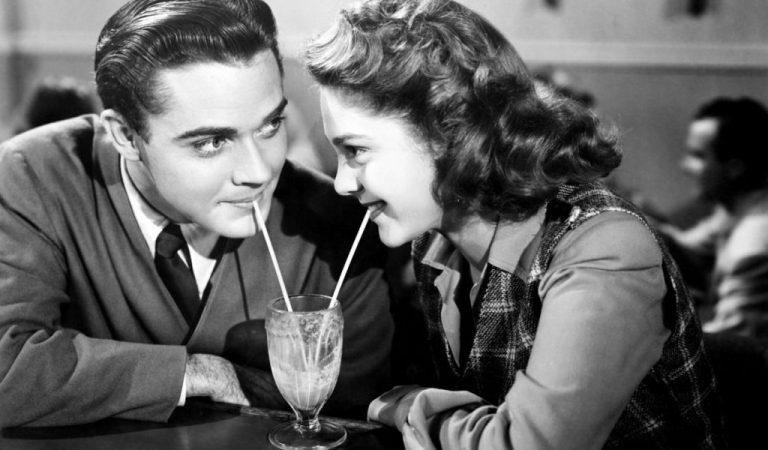 10 Old-Fashioned Dating Habits We Should Bring Back.